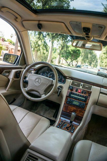 1999 Mercedes-Benz E300 Reseda, CA 32