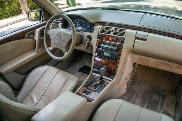 1999 Mercedes-Benz E300 Reseda, CA 30