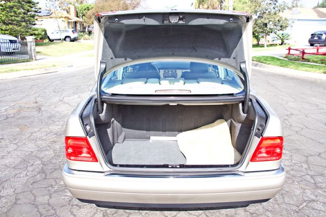 1999 Mercedes-Benz E320 1-OWNER ONLY 62K ORIGINAL MLS SERVICE RECORDS IN MINT CONDITION Woodland Hills, CA 25