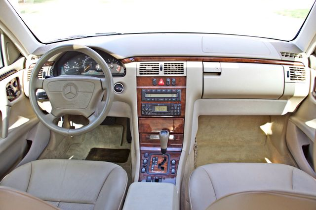 1999 Mercedes-Benz E320 1-OWNER ONLY 62K ORIGINAL MLS SERVICE RECORDS IN MINT CONDITION Woodland Hills, CA 14