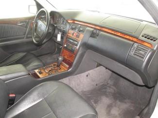 1999 Mercedes-Benz E320 Gardena, California 8