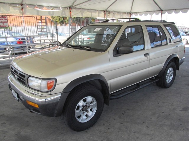 1999 Nissan Pathfinder LE Please call or e-mail to check availability All of our vehicles are av