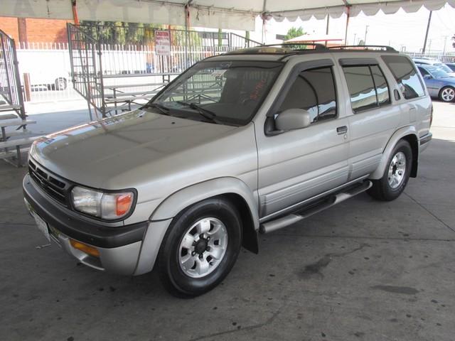 1999 Nissan Pathfinder XE  VIN JN8AR05S0XW299988 182k miles  AMFM Cassette CD Player Anti-