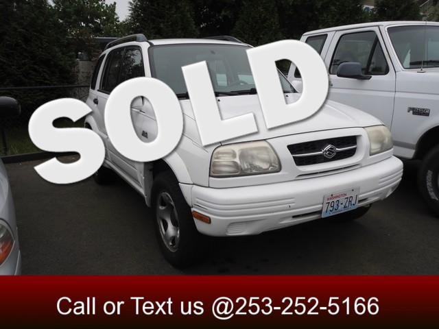 1999 Suzuki Grand Vitara JLX 4WD The CARFAX Buy Back Guarantee that comes with this vehicle means