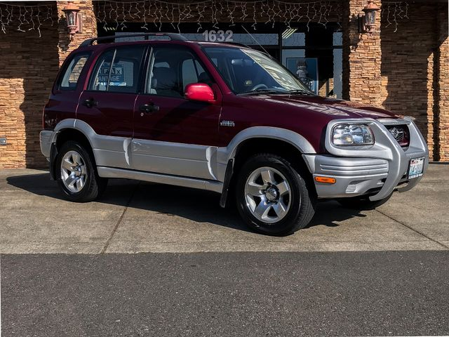1999 Suzuki Grand Vitara JLX 4WD This vehicle is a CarFax certified one-owner used car Pre-owned