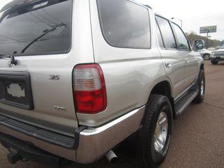 1999 Toyota 4Runner SR5 Batesville, Mississippi 13
