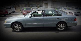1999 Toyota Avalon XLS Sedan Chico, CA 4