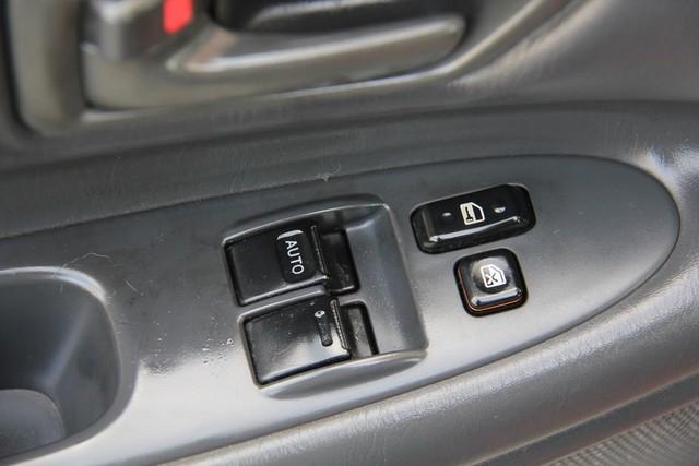1999 Toyota Camry Solara SLE Santa Clarita, CA 23