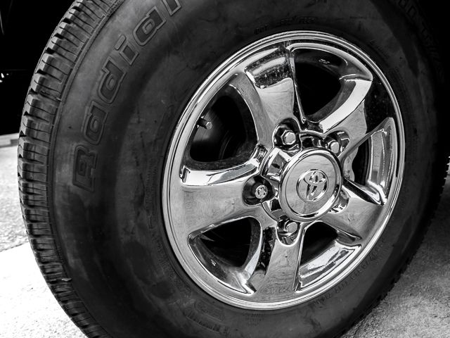 1999 Toyota Land Cruiser Burbank, CA 26
