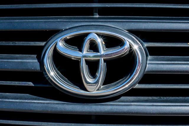 1999 Toyota Land Cruiser Reseda, CA 44