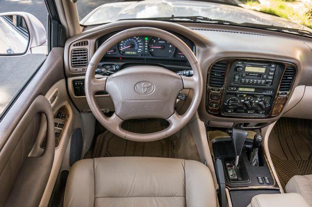 1999 Toyota Land Cruiser Reseda, CA 18