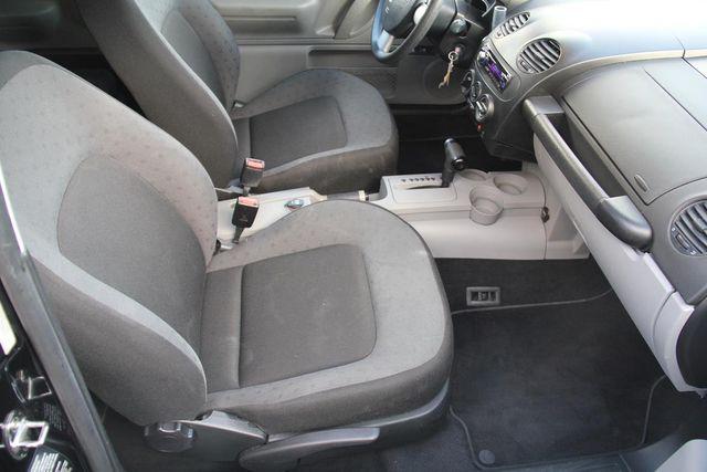 1999 Volkswagen New Beetle GL Santa Clarita, CA 13
