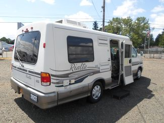 1999 Winnebago Rialta 22HD Salem, Oregon 2