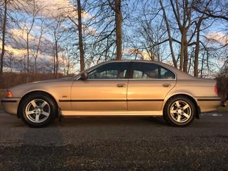 2000 BMW 528i Ravenna, Ohio 1