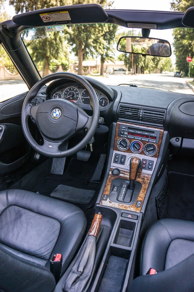 2000 BMW Z3 2.5L PREMIUM PKG - AUTO - 45K MILES - HTD STS - PWR TOP Reseda, CA 38