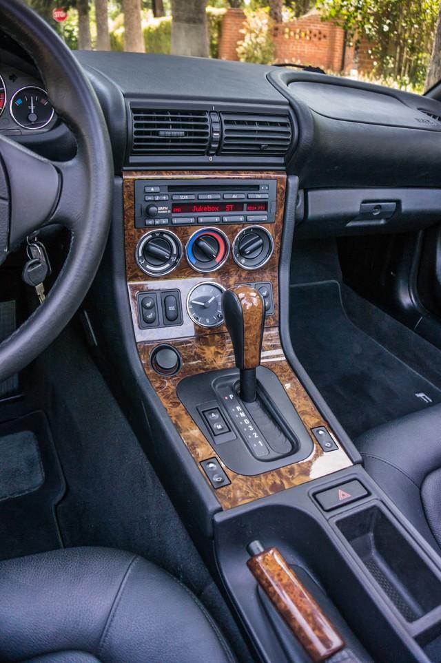 2000 BMW Z3 2.5L PREMIUM PKG - AUTO - 45K MILES - HTD STS - PWR TOP Reseda, CA 30