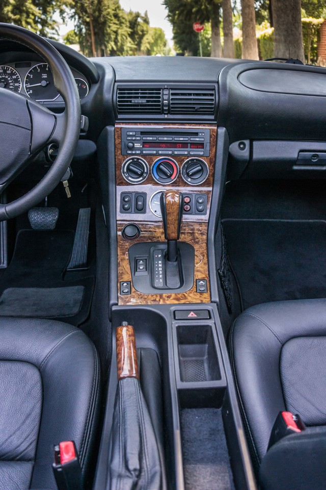 2000 BMW Z3 2.5L PREMIUM PKG - AUTO - 45K MILES - HTD STS - PWR TOP Reseda, CA 29