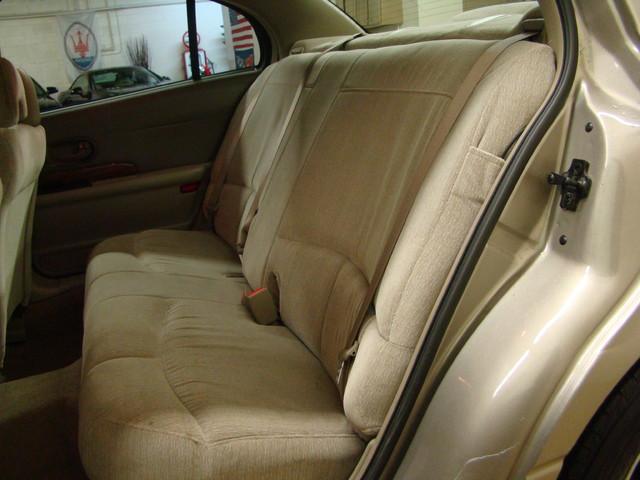 2000 Buick LeSabre Custom Batavia, Illinois 17