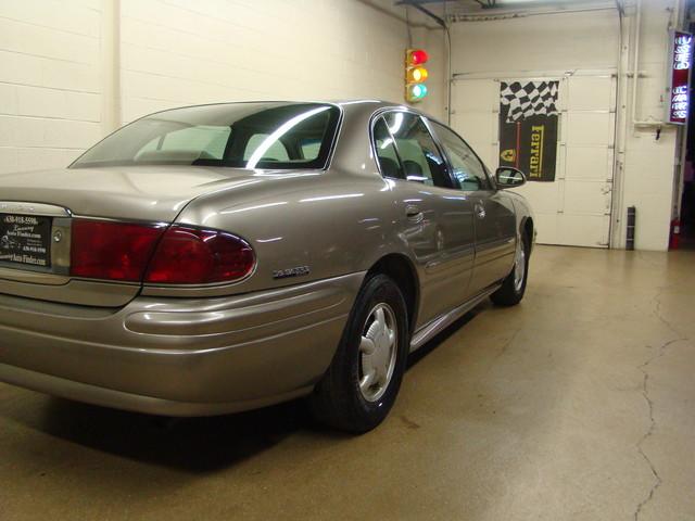 2000 Buick LeSabre Custom Batavia, Illinois 2