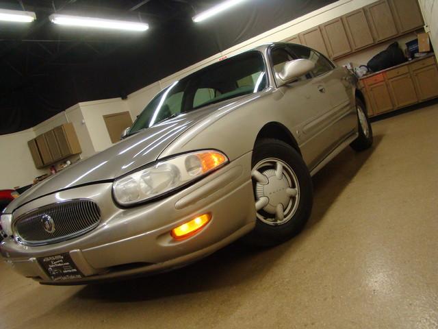 2000 Buick LeSabre Custom Batavia, Illinois 0