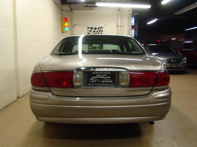 2000 Buick LeSabre Custom Batavia, Illinois 5