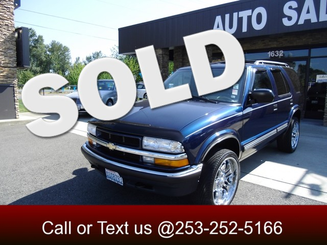 2000 Chevrolet Blazer LT 4WD The CARFAX Buy Back Guarantee that comes with this vehicle means that