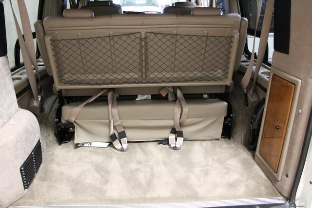 2000 Chevrolet Express Conversion Van w/YF7 Roscoe, Illinois 23