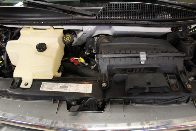 2000 Chevrolet Express Conversion Van w/YF7 Roscoe, Illinois 32