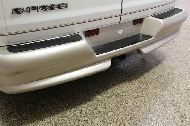 2000 Chevrolet Express Conversion Van w/YF7 Roscoe, Illinois 6