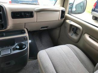 2000 Chevrolet Express Van Ravenna, Ohio 10
