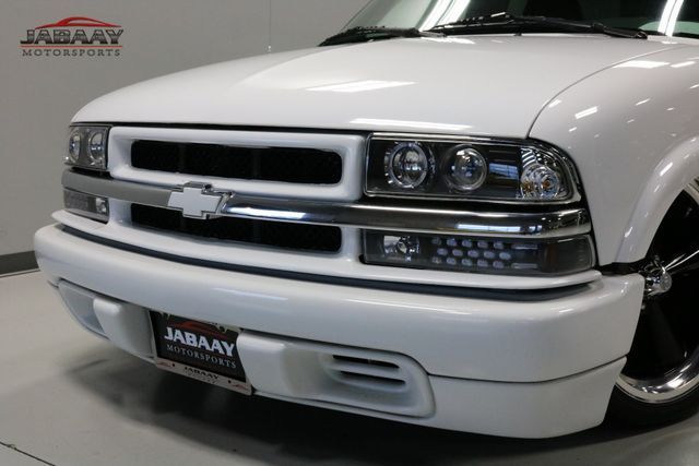 2000 Chevrolet S-10 LS Merrillville, Indiana 26