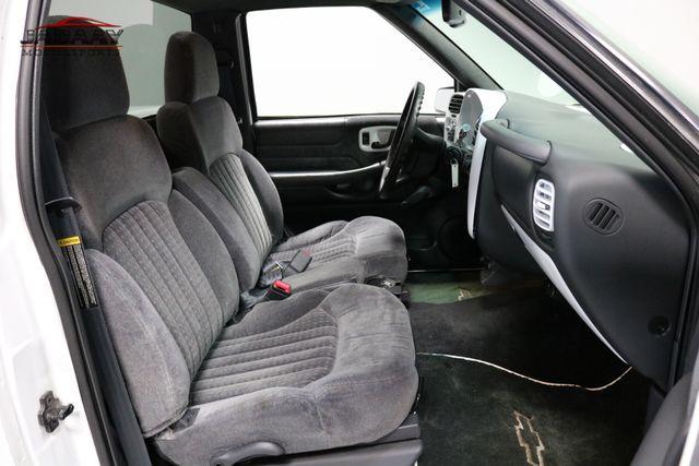 2000 Chevrolet S-10 LS Merrillville, Indiana 13