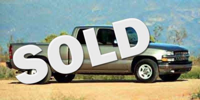2000 Chevrolet Silverado 1500 LS  VIN 2GCEC19T5Y1271989 220k miles  AMFM Anti-Theft AC Cru