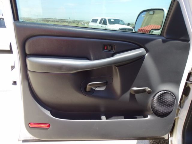 2000 Chevrolet Silverado 1500 Reg. Cab Short Bed 4WD San Antonio , Texas 13