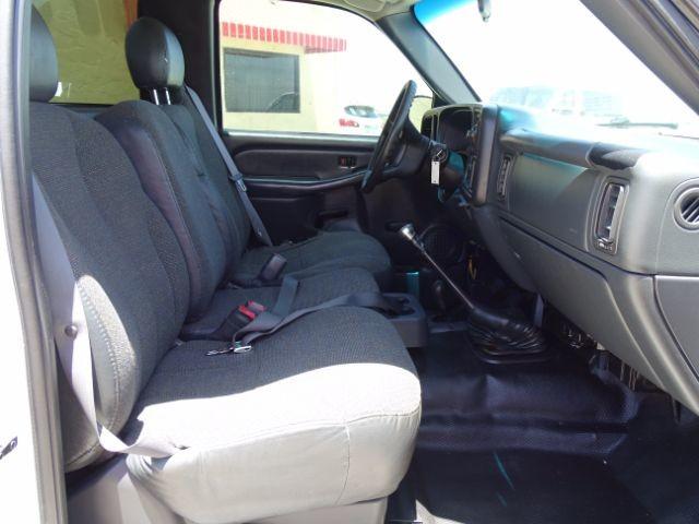 2000 Chevrolet Silverado 1500 Reg. Cab Short Bed 4WD San Antonio , Texas 17