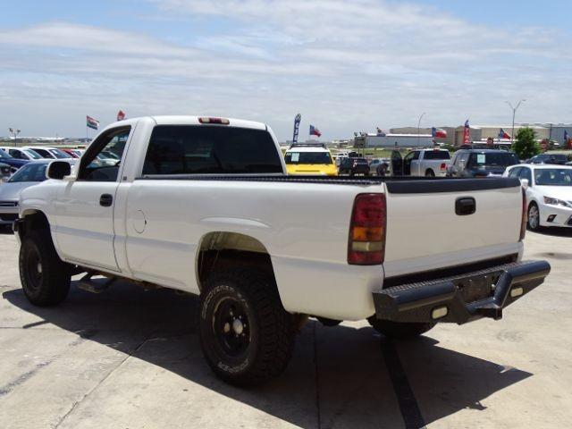 2000 Chevrolet Silverado 1500 Reg. Cab Short Bed 4WD San Antonio , Texas 4