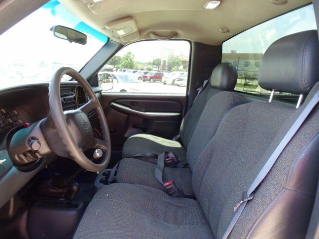2000 Chevrolet Silverado 1500 Reg. Cab Short Bed 4WD San Antonio , Texas 9