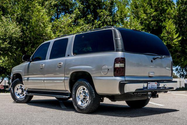2000 Chevrolet Suburban LT 2500 - AUTO - 3RD ROW - DVD - TOW PKG Reseda, CA 7