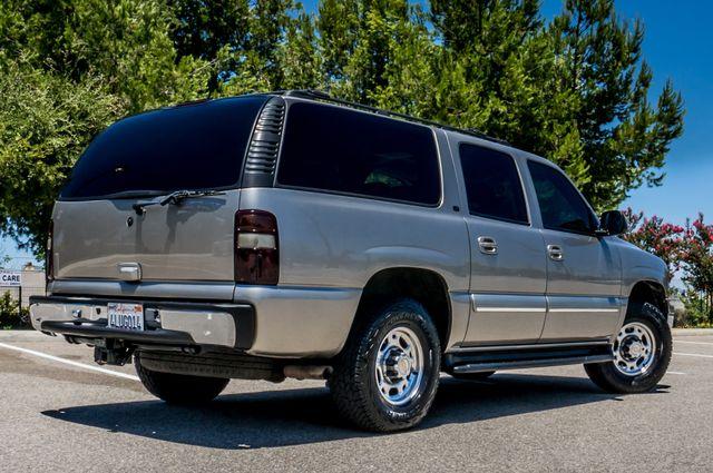 2000 Chevrolet Suburban LT 2500 - AUTO - 3RD ROW - DVD - TOW PKG Reseda, CA 10