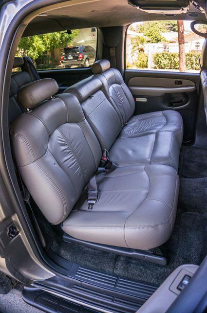 2000 Chevrolet Suburban LT 2500 - AUTO - 3RD ROW - DVD - TOW PKG Reseda, CA 28