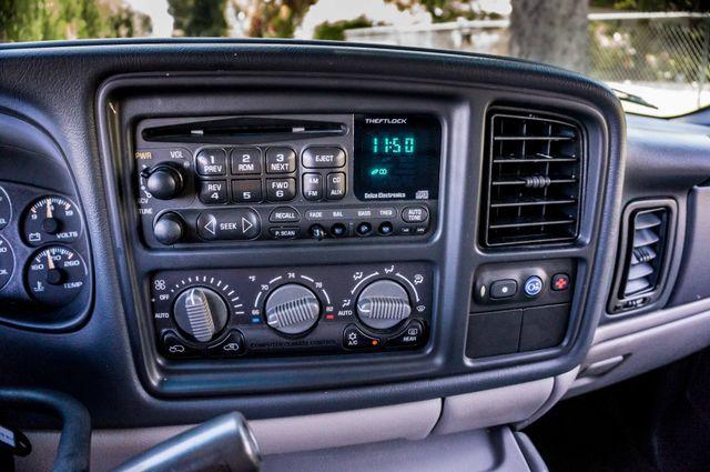 2000 Chevrolet Suburban LT 2500 - AUTO - 3RD ROW - DVD - TOW PKG Reseda, CA 23