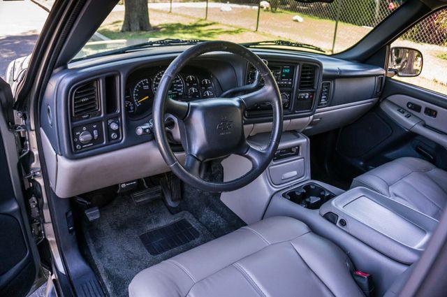 2000 Chevrolet Suburban LT 2500 - AUTO - 3RD ROW - DVD - TOW PKG Reseda, CA 15