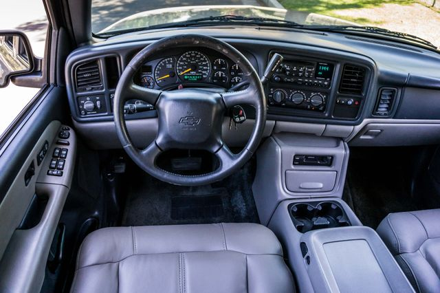 2000 Chevrolet Suburban LT 2500 - AUTO - 3RD ROW - DVD - TOW PKG Reseda, CA 19