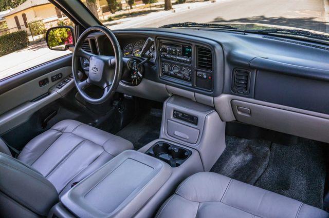 2000 Chevrolet Suburban LT 2500 - AUTO - 3RD ROW - DVD - TOW PKG Reseda, CA 31