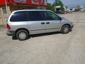 2000 Chrysler Voyager Base | Forth Worth, TX | Cornelius Motor Sales in Forth Worth TX