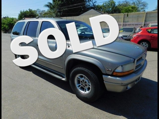 2000 Dodge Durango Limited warranty included to assure your worry-free purchase AutoCheck report