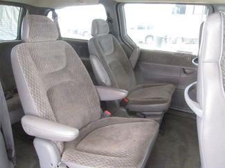 2000 Dodge Grand Caravan SE Gardena, California 10