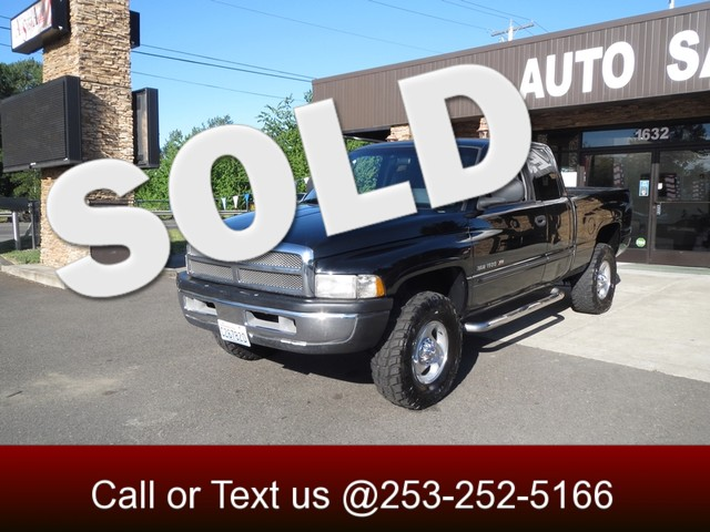 2000 Dodge Ram 1500 SLT Laramie 4WD The CARFAX Buy Back Guarantee that comes with this vehicle mea