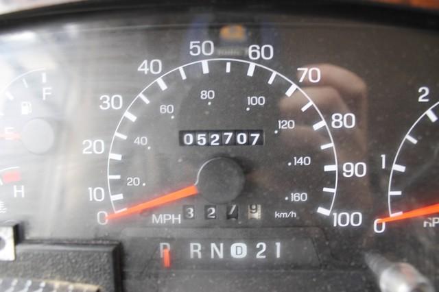 2000 Fleetwood Pace Arrow 33V 2 Slide San Antonio, Texas 11