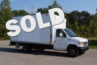 2000 Ford E350 - 12ft Box Truck -  5.4L V8 | Dassel, Minnesota | Kingston Auto -[ 2 ]